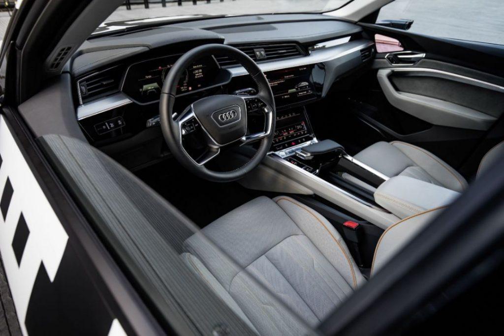 Audi e-tron Interieur Elektroauto_1