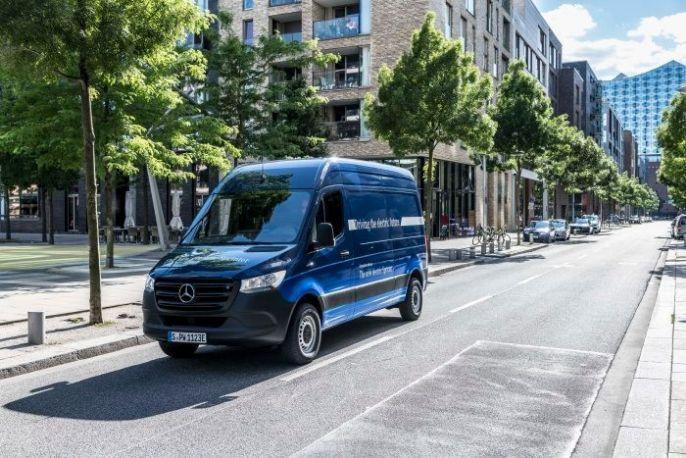 Mercedes eSprinter rollt 2019 in zwei Varianten auf den Markt