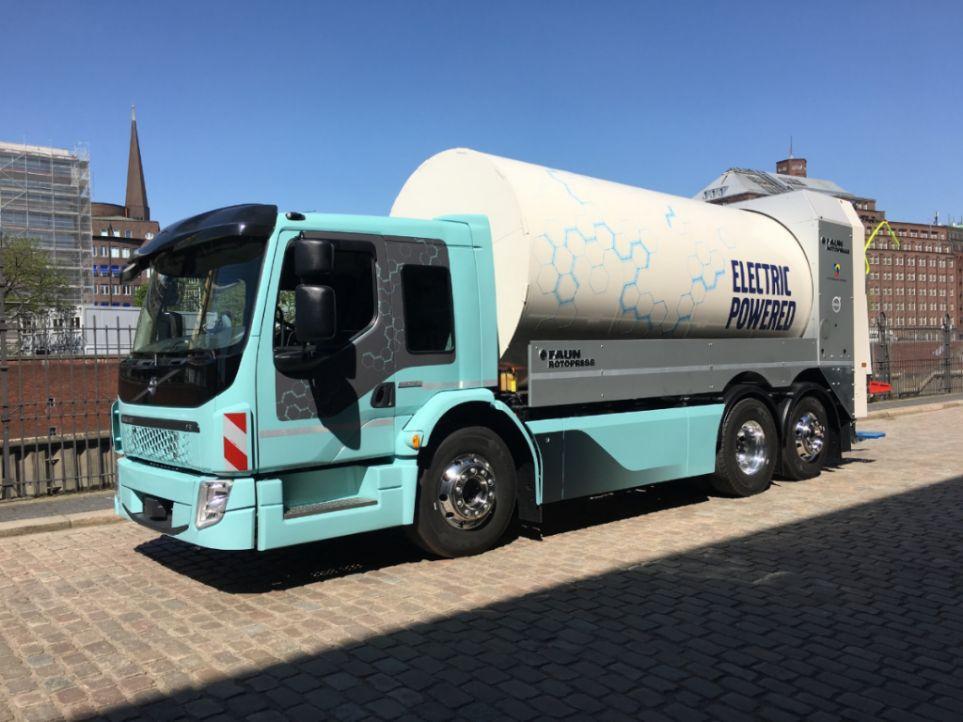 Erste Elektro-Lkws von Volvo Trucks fahren 2019 vor