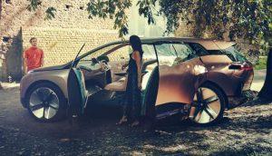 BMW Vision iNEXT als nächstes elektrifiziertes Flaggschiff der Marke vorgestellt