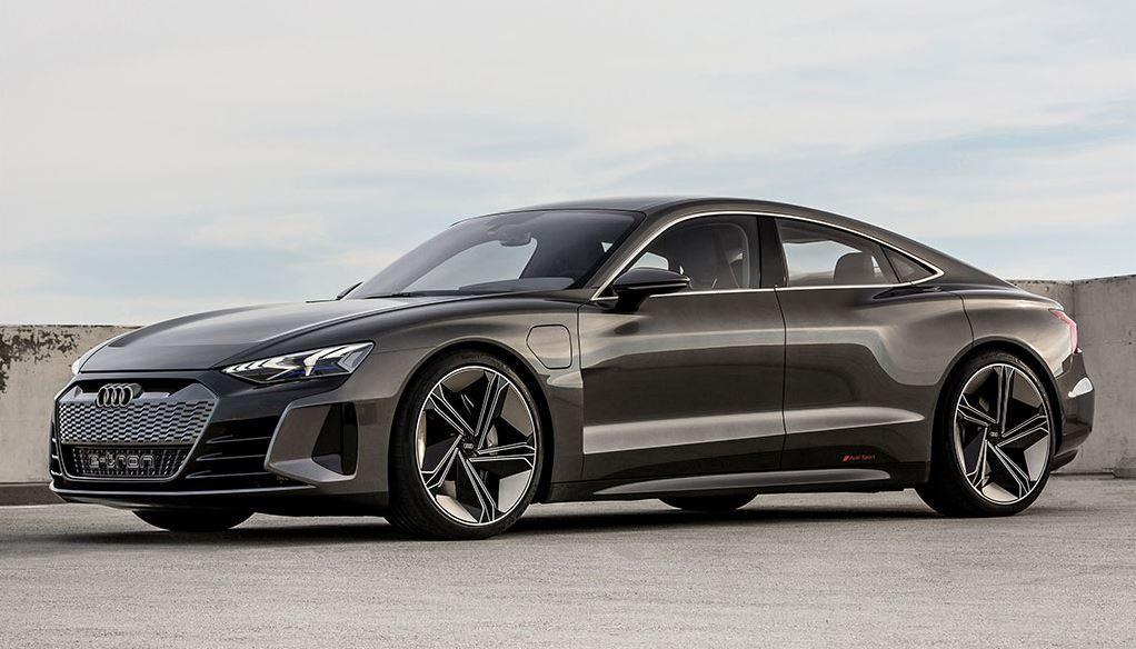 Audi e-tron Gran Tourismo Elektroauto Seitenansicht