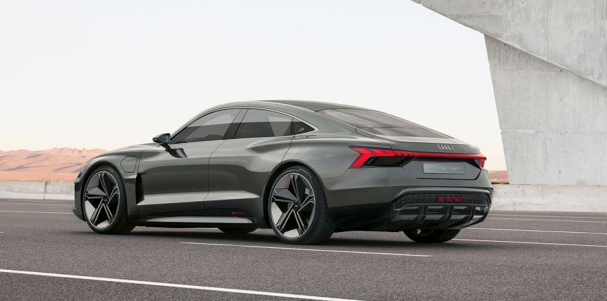 Audi e-tron Gran Tourismo Elektroauto_1