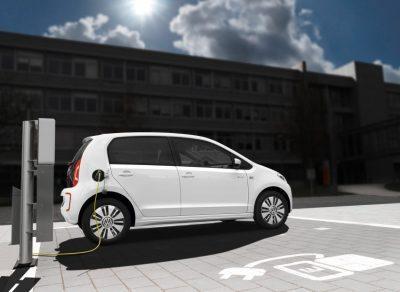 Neue Generation des VW e-Up! fährt mit einer Reichweite von über 250 Kilometern vor