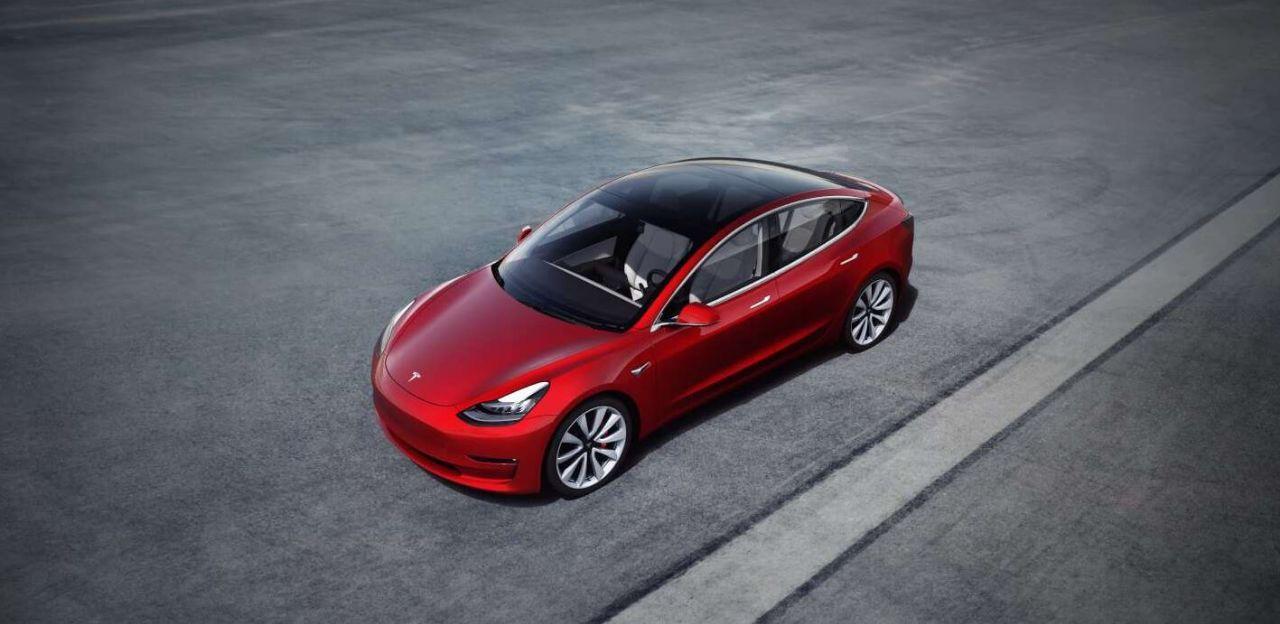 Tesla Model 3 Elektroauto_1