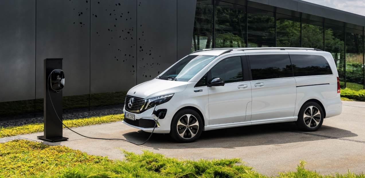 Mercedes hebt den Vorhang für den elektrischen Kleinbus EQV