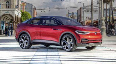 Volkswagens ID.4 soll in Kürze Premiere feiern – und kommt nicht allein