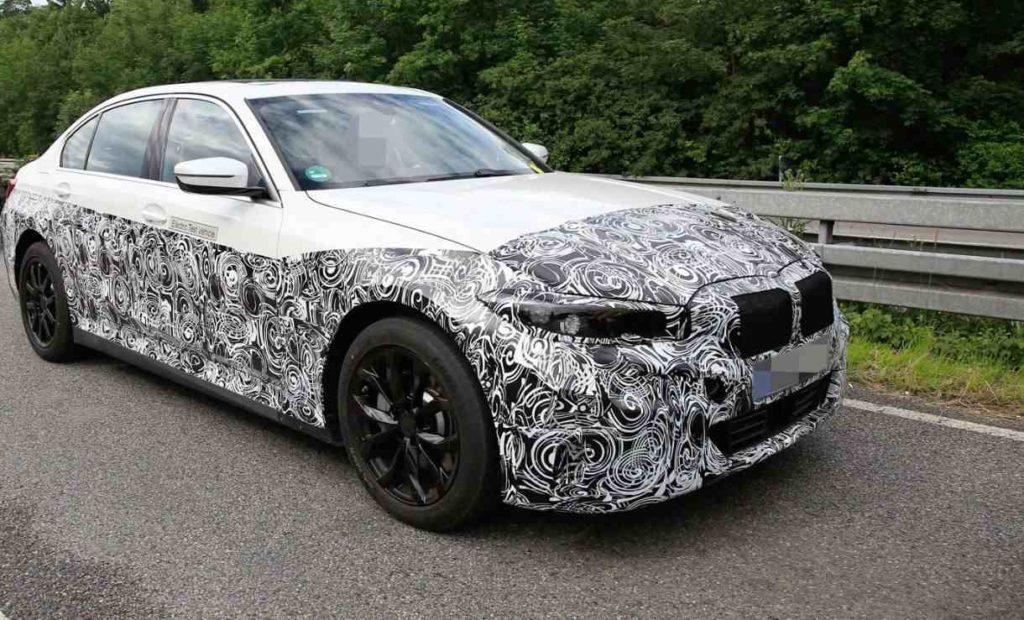 Seitenansicht des Prototypen vom elektrischen BMW 3er