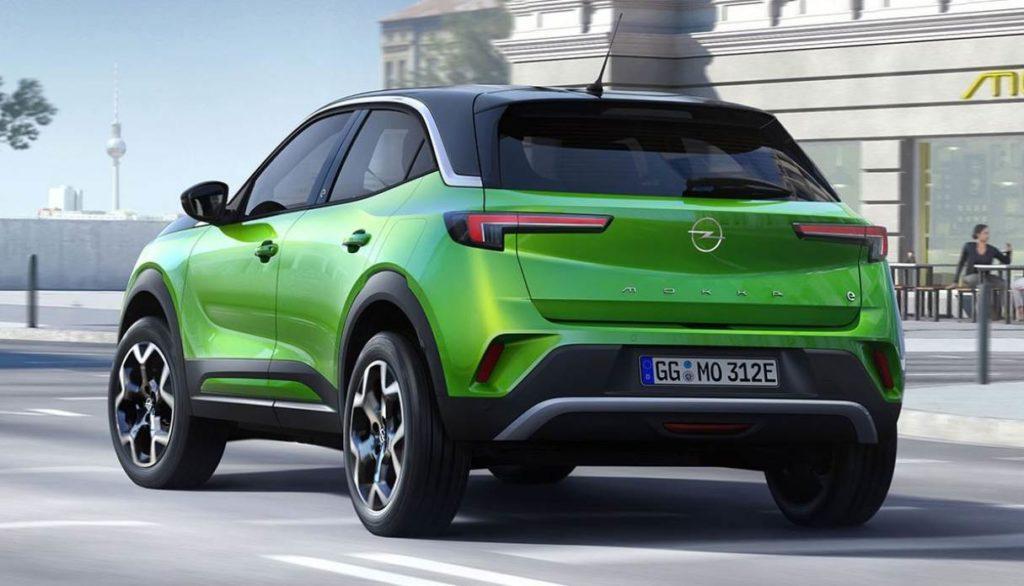 Opel Mokka-e Ansicht des Elektroautos von hinten