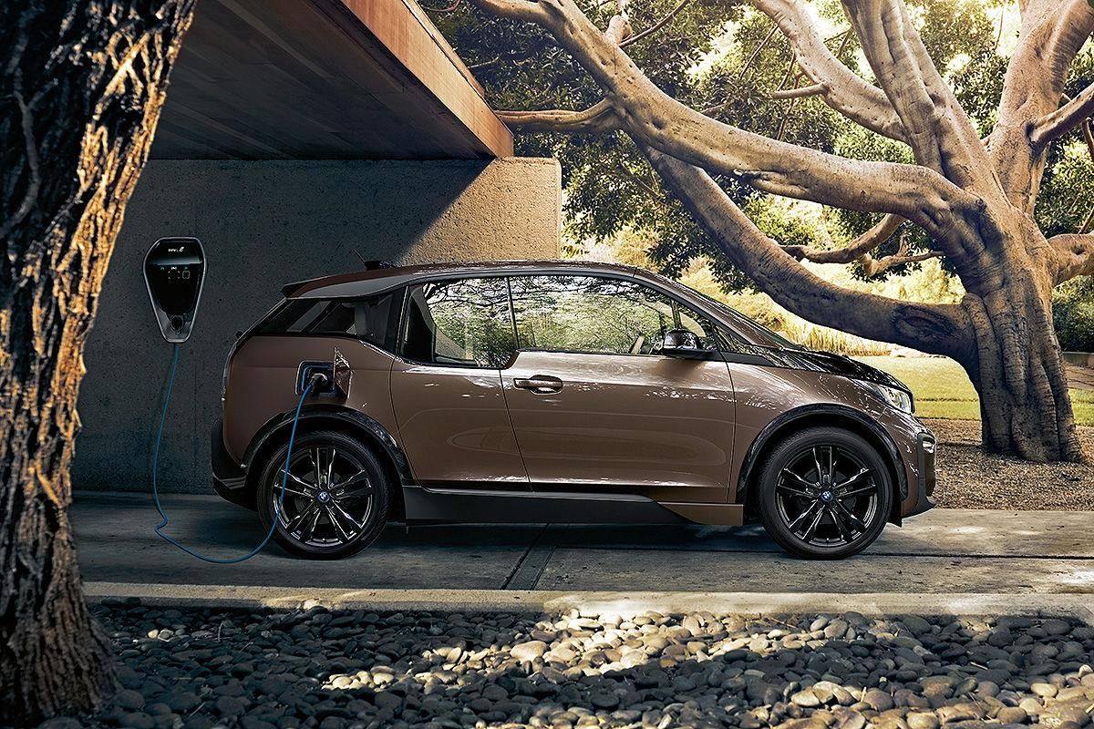 BMW i3 an einer Wallbox