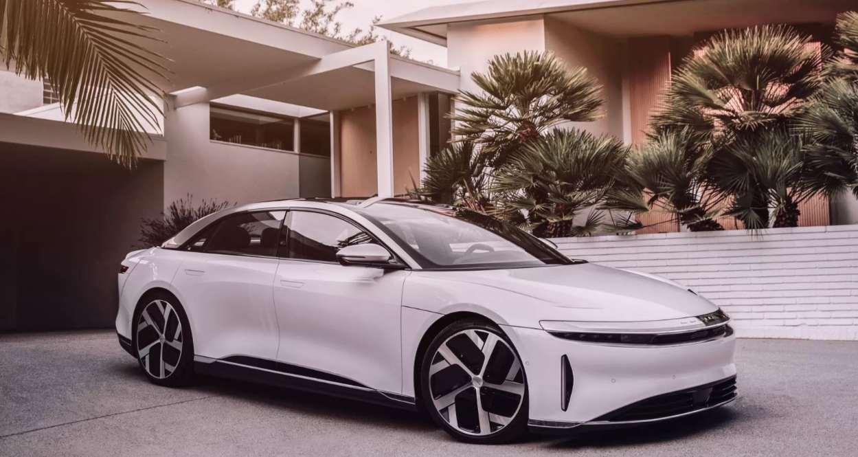 Edel, leistungsstark, innovativ: E-Limousine Lucid Air vorgestellt