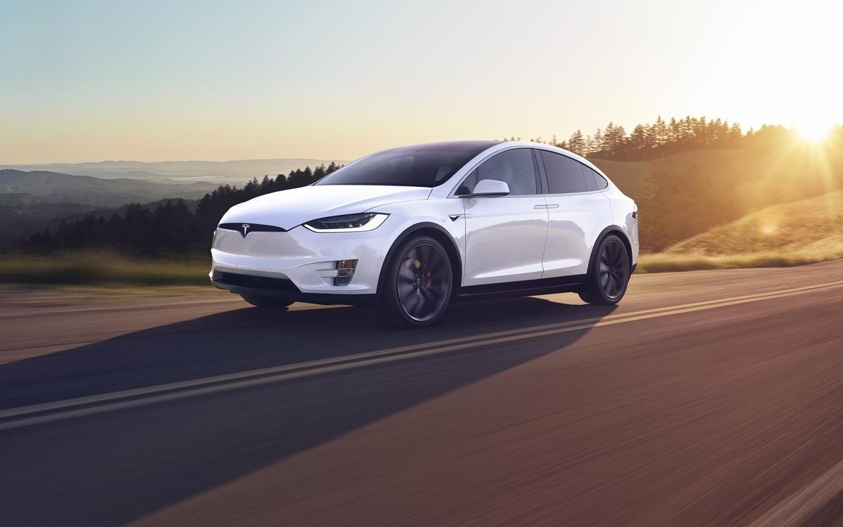 Tesla Model X Frontansicht