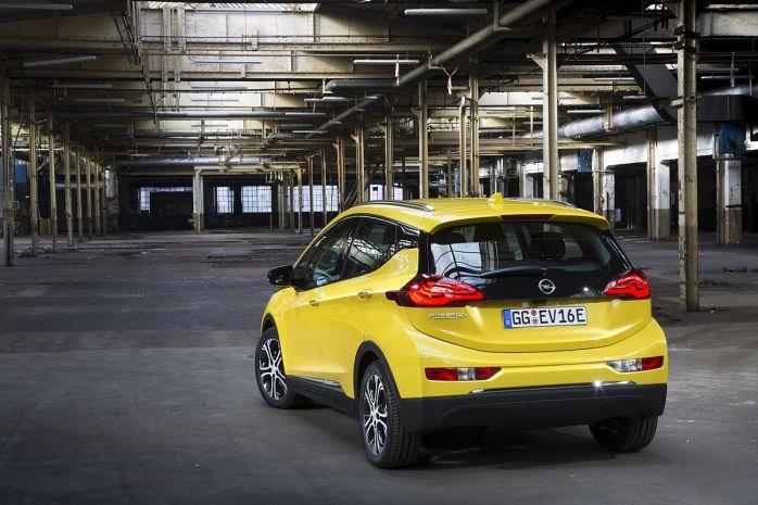 Opel Ampera Heckansicht