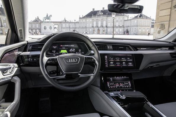 Innenraumansicht Audi e-tron