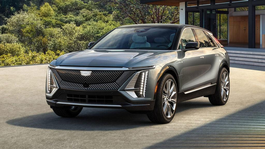 Wuchtige Front des Elektro-SUV Cadillac Lyriq