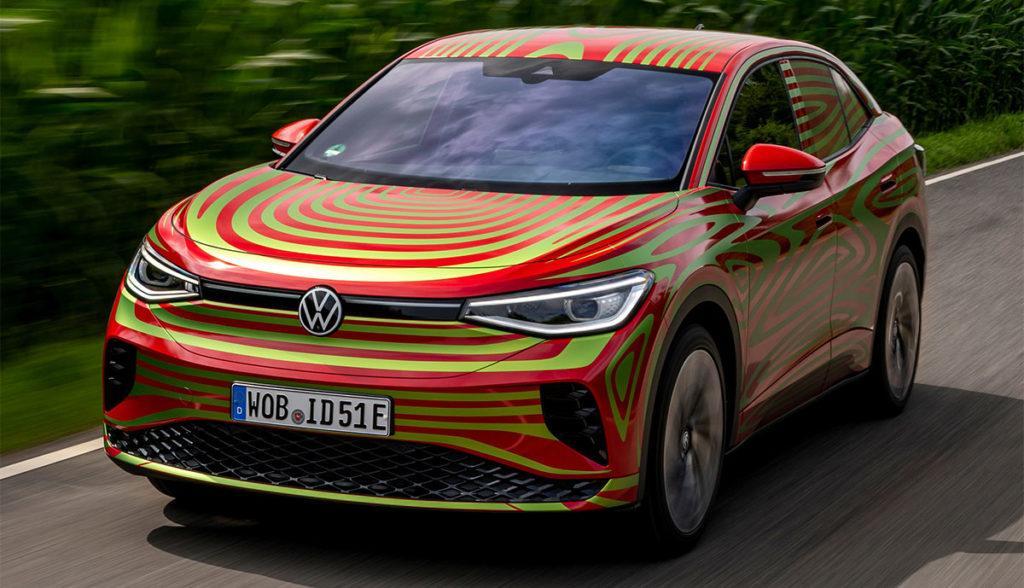Getarnte Konzeptstudie des Elektroautos Volkswagen ID.5 GTX